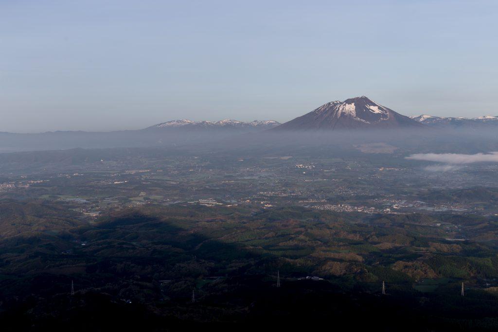 姫神山登山