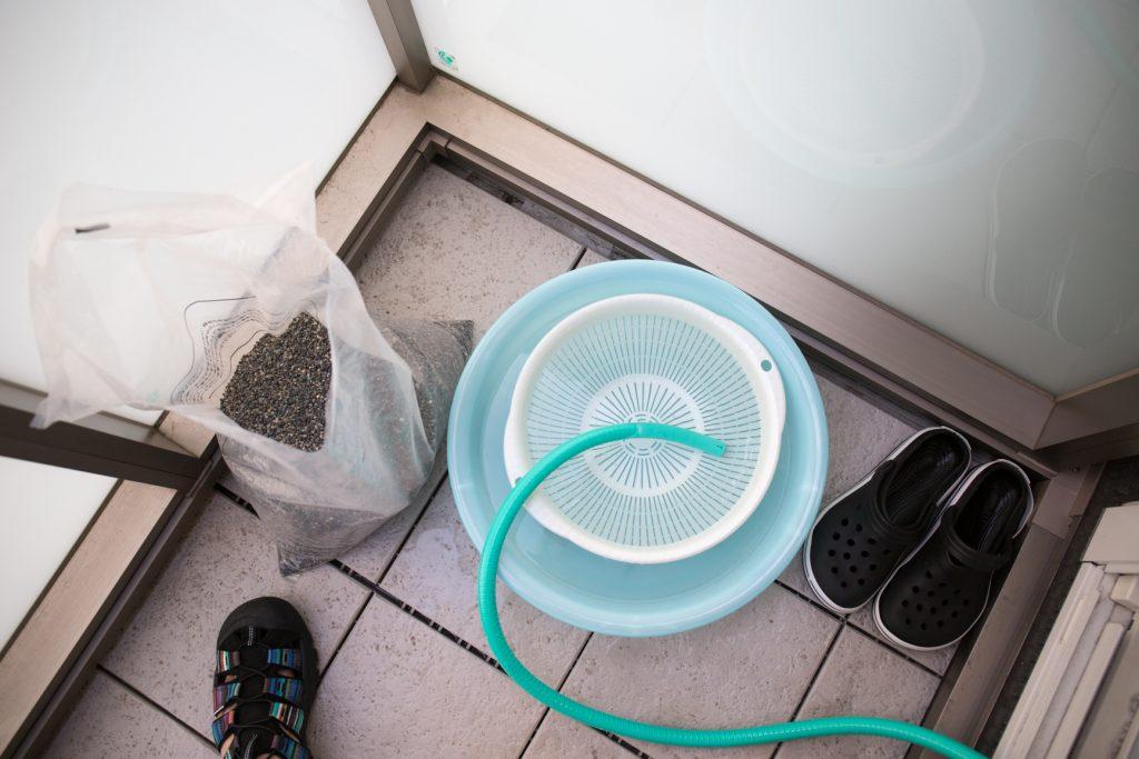 大磯砂洗浄作業